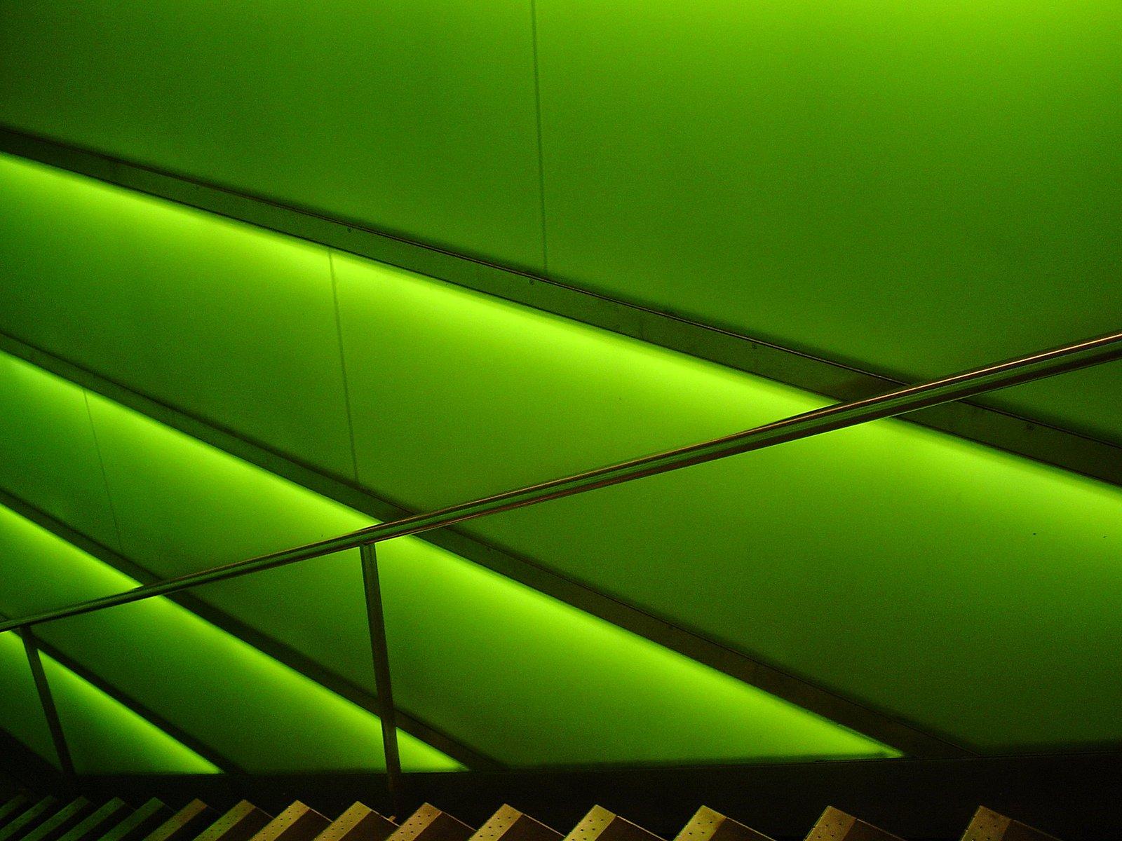 schody, zelená